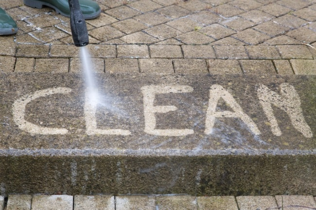 Power-Washing-Clean-Pavers